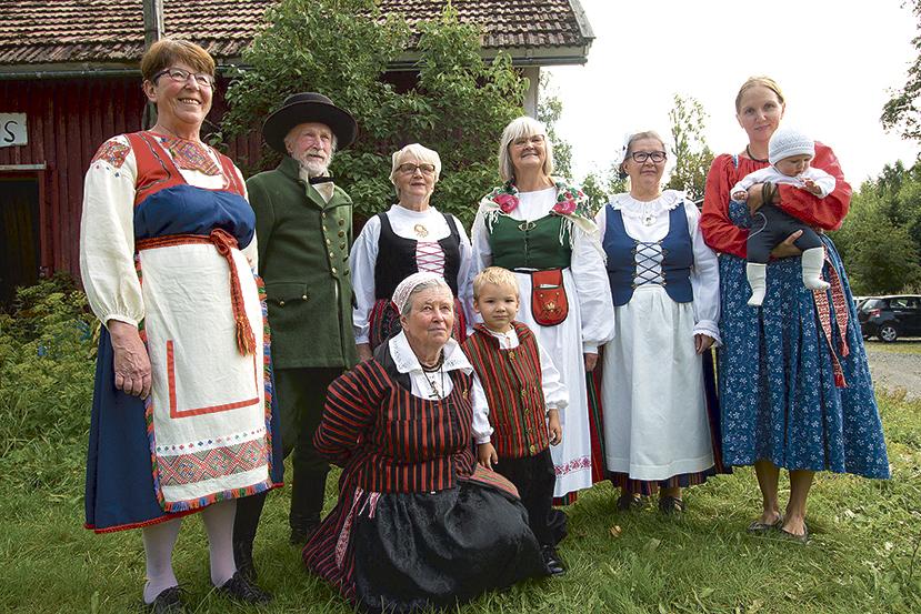 Suomen Kansallispuku